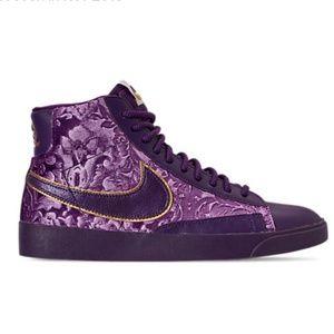 NEW!Women's Nike Blazer Mid Metallic Casual Shoes